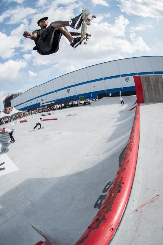 Ishod with a huge Nosebone during the Nike SB demo